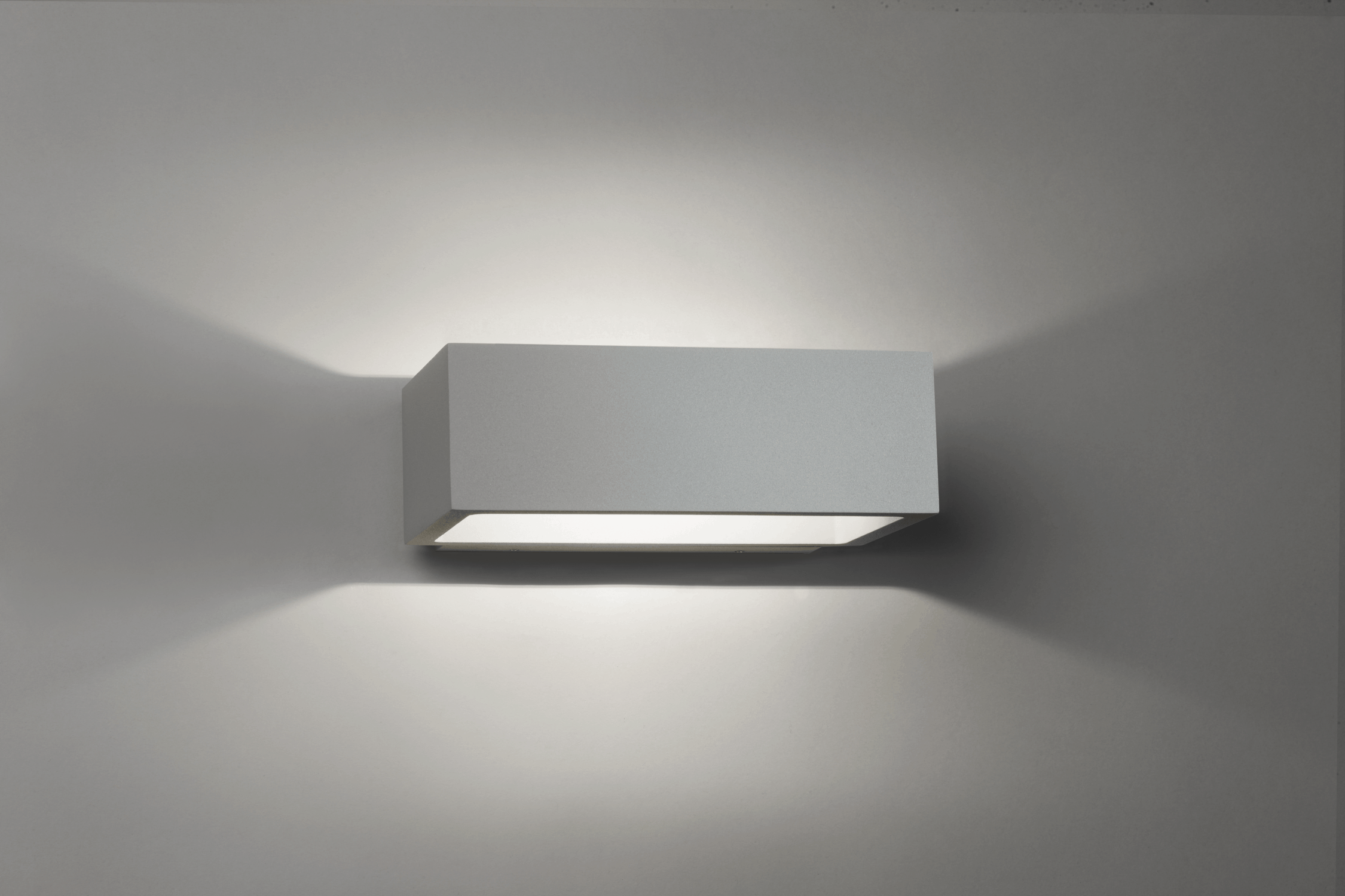 BRICK OUTDOOR LED SILVER